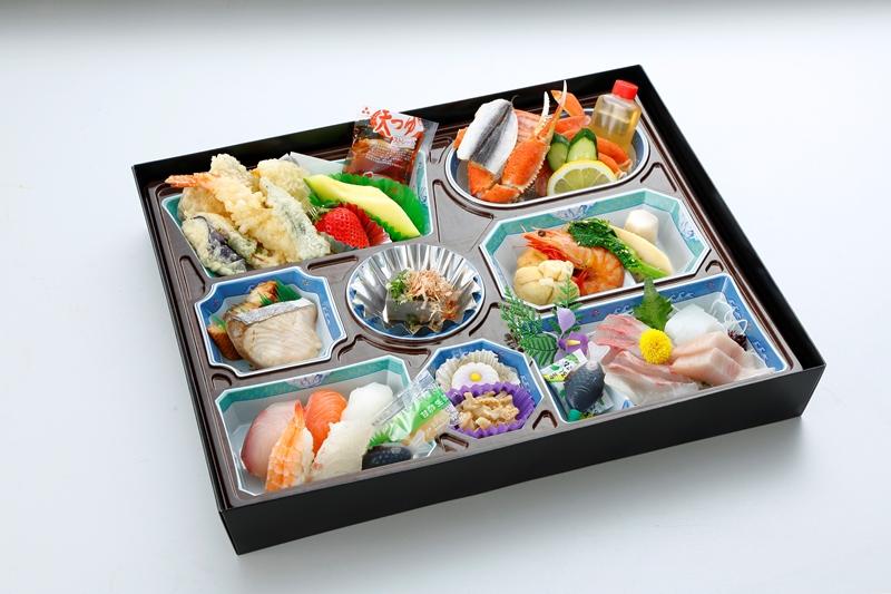 パック膳(にぎり寿司入り)